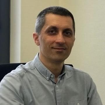Dr Maciej Podgórski